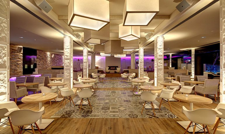 Amare Marbella Beach Hotel lounge