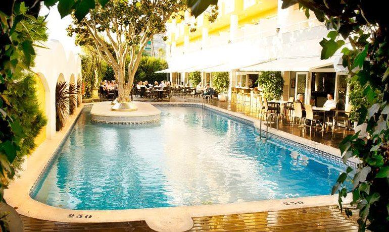 Augusta Club hotel pool view
