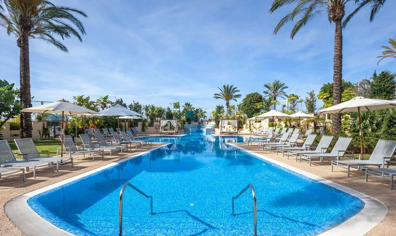 Occidental Estepona Thalasso & Spa pool