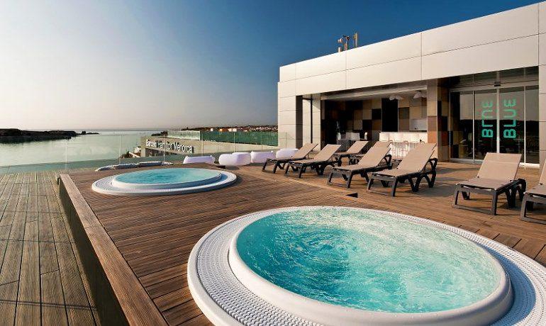 Barceló Hamilton Menorca rooftop terrace jacuzzi