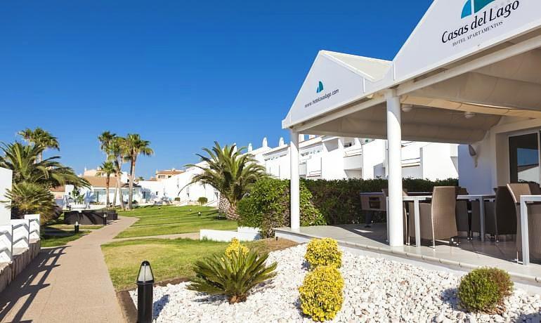 Casas del lago hotel - Hotel casas del lago menorca ...