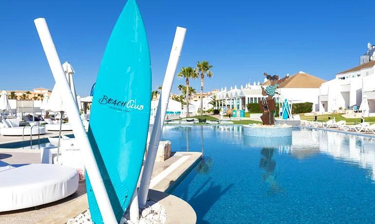 Casas del Lago Hotel pool view