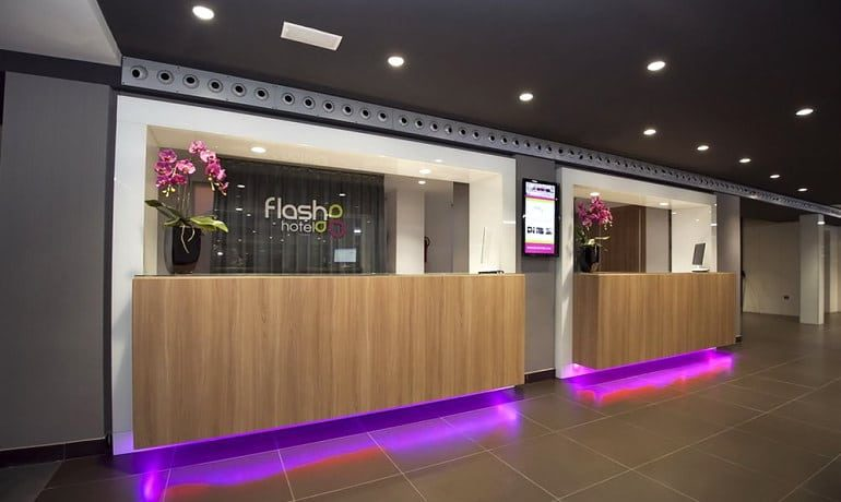 Flash Hotel Benidorm reception