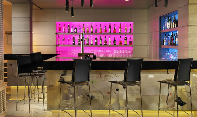 H10 Andalucía Plaza hotel Toledo bar