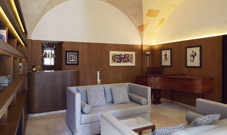 Can Faustino lounge bar