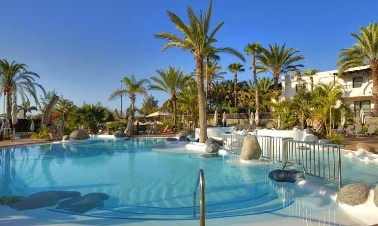 IFA Beach Hotel pool
