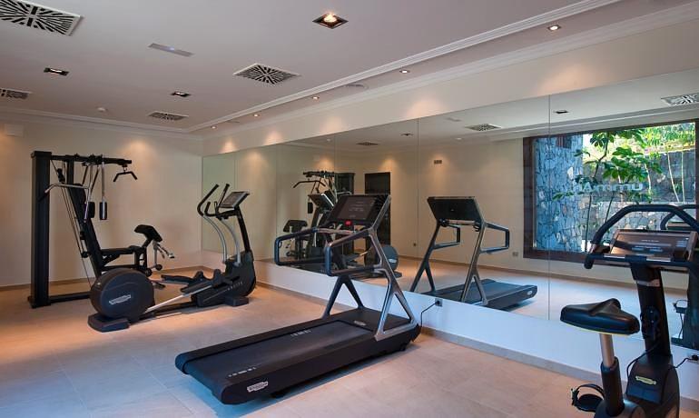 Melia Hacienda del Conde gym