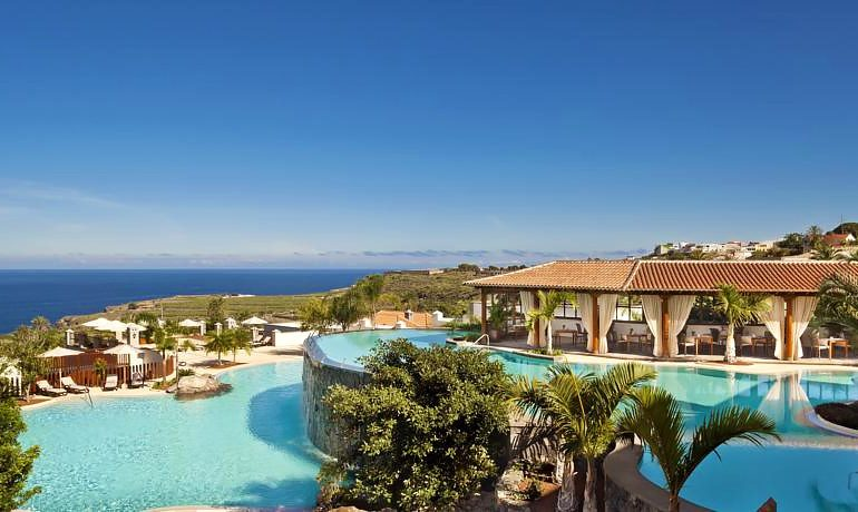 Melia Hacienda del Conde pool view