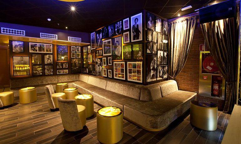 Riviera Beachotel Benidorm music lounge