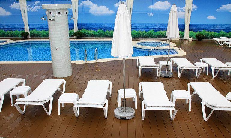 Riviera Beachotel Benidorm pool