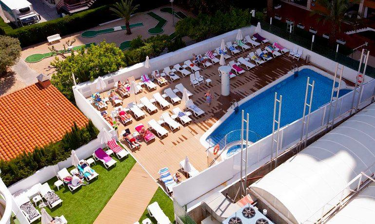 Riviera Beachotel Benidorm pool view