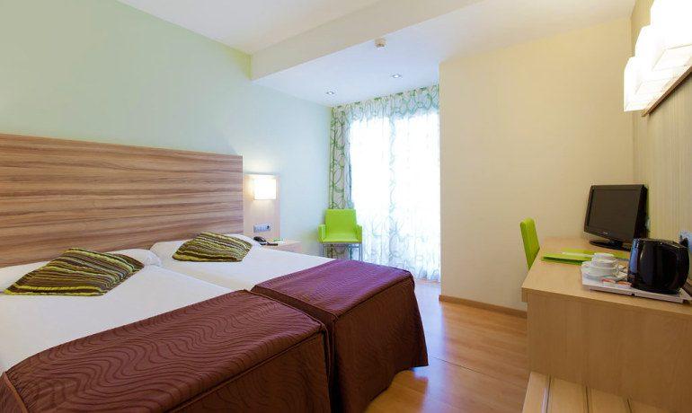 Riviera Beachotel double room