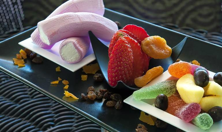 Sol Beach House Menorca desserts