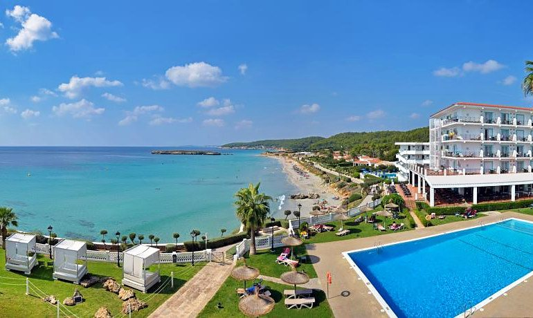 Sol Beach House Menorca general view