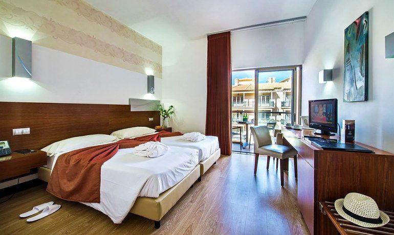 Aqua Pedra Dos Bicos standard double room