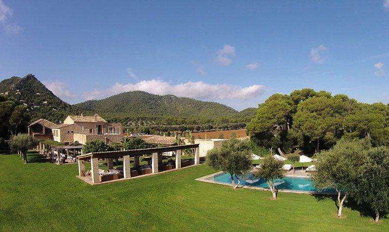 Can Simoneta hotel area view
