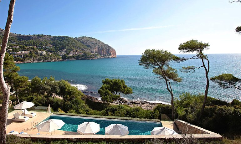 Can Simoneta hotel beach house area view