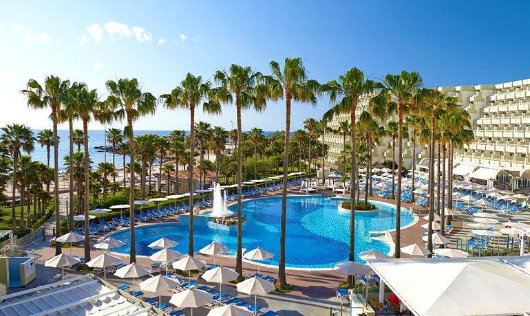 Hipotels Mediterraneo hotel view