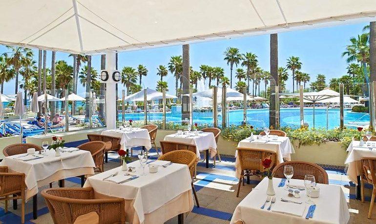 Hipotels Mediterraneo restaurant terrace