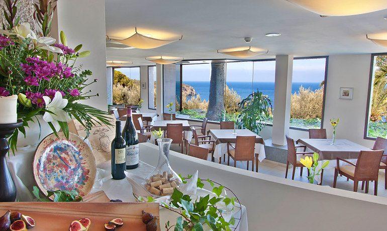 Hoposa Costa D'Or restaurant