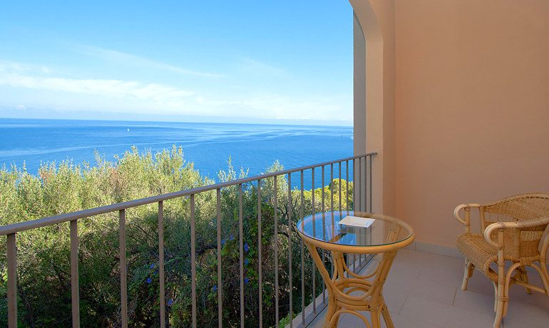 Hoposa Costa D'Or room balcony