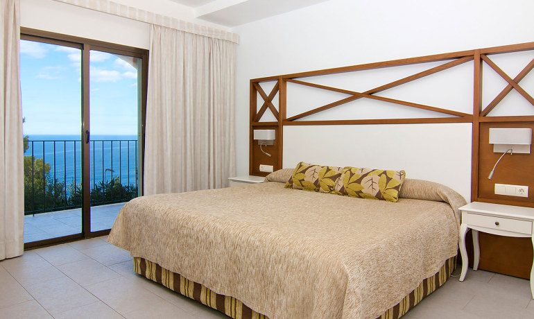 Hoposa Costa D'Or standard sea view room