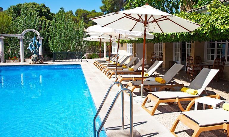 La Moraleja Boutique Hotel pool view