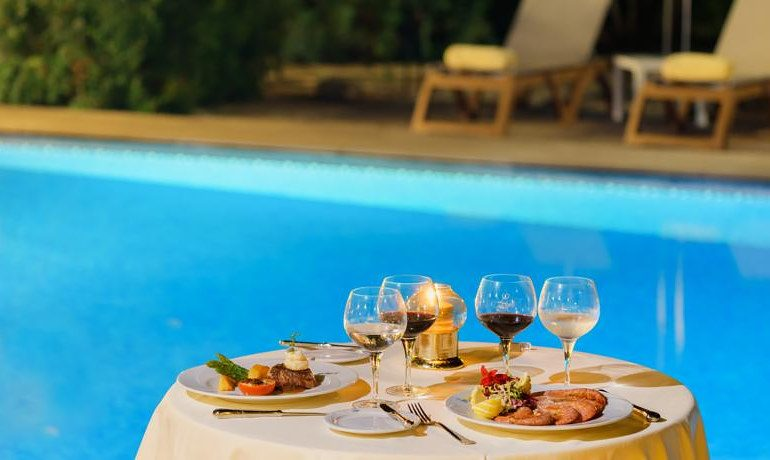 La Moraleja Boutique Hotel restaurant dinner