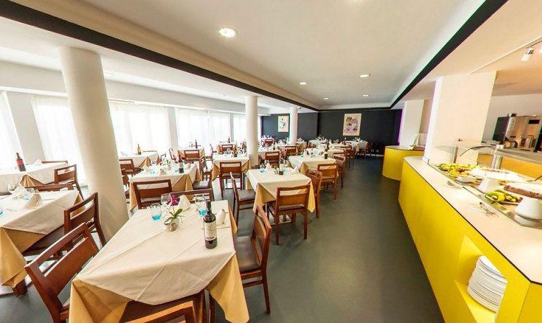 Hotel RD Costa Portals restaurant