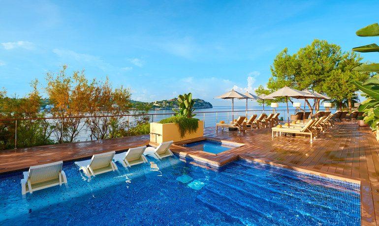 Iberostar suites hotel jard n del sol santa ponsa majorca for Casa jardin buffet