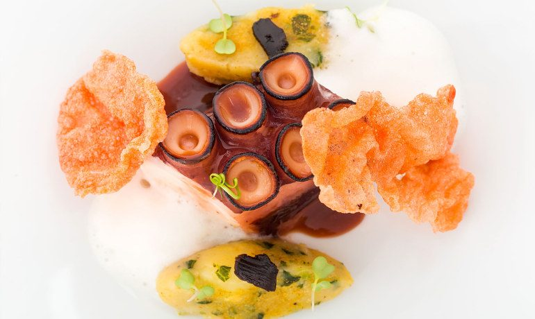La Goleta Hotel de Mar restaurant gastronomy