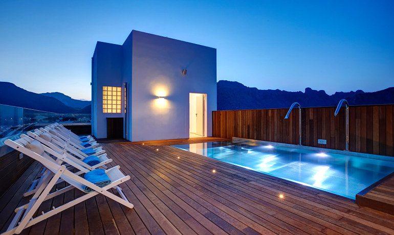 La Goleta Hotel de Mar rooftop pool