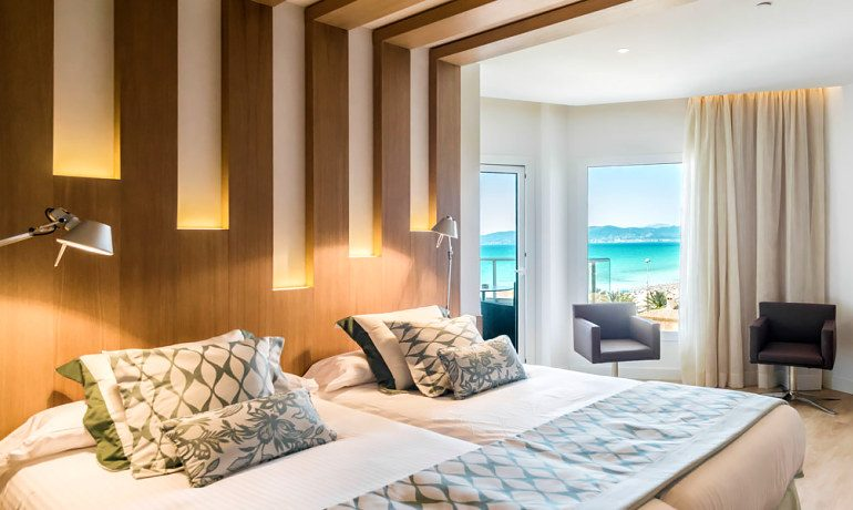 Pure Salt Garonda premium room side sea view
