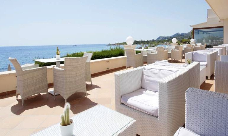 Sensimar Aguait Resort & Spa outdoor terrace
