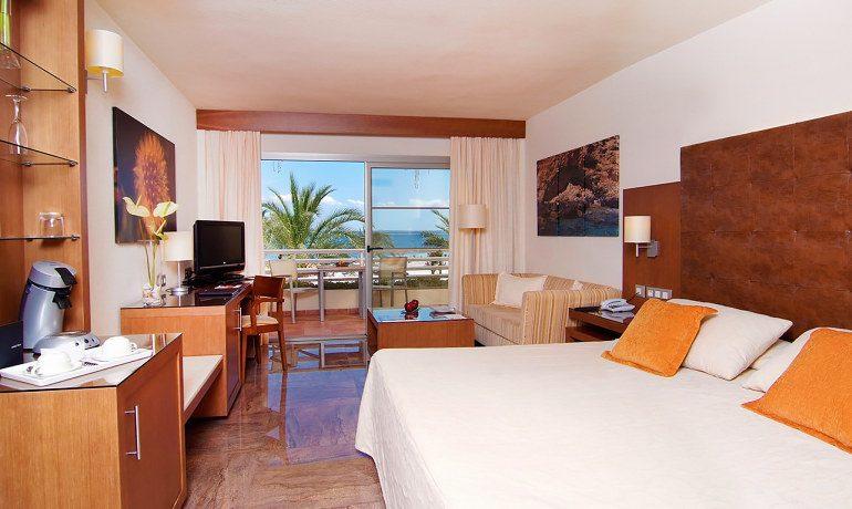 Vanity Hotel Golf double superior premium room