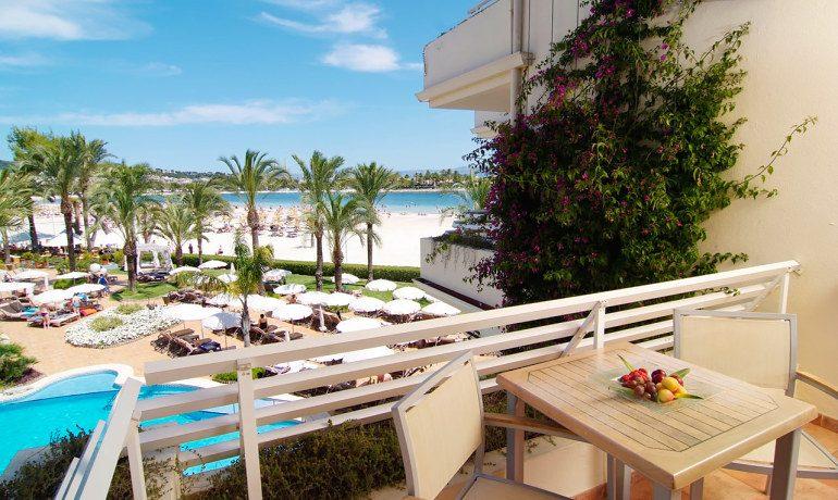 Vanity Hotel Golf double superior premium room terrace