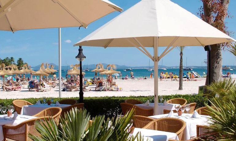 Vanity Hotel Golf mirablau beach bar