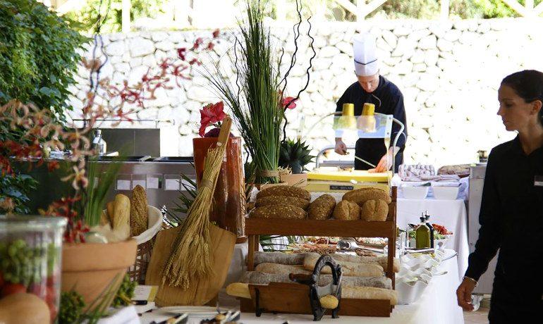 Vanity Hotel Suite & Spa gastronomy