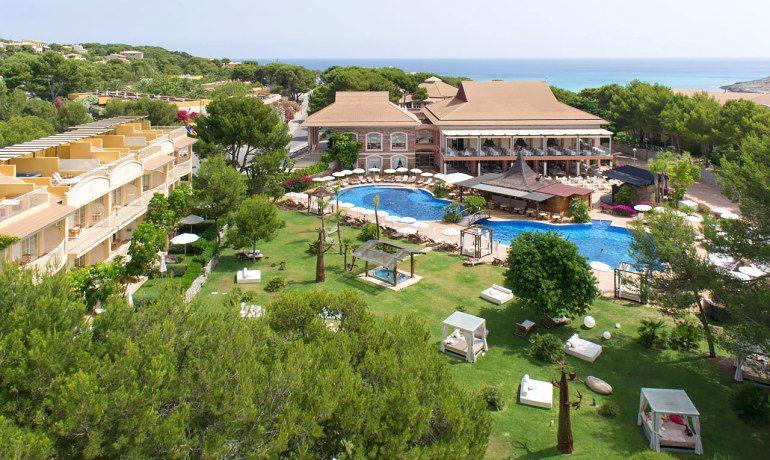 Vanity Hotel Suite & Spa general view