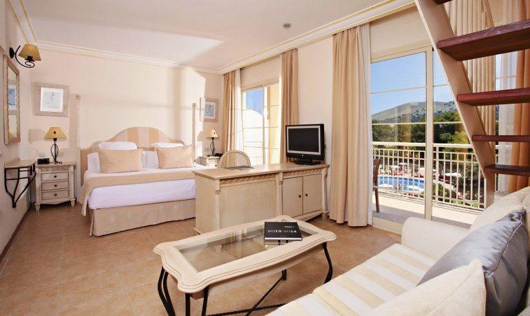 Vanity Hotel Suite & Spa royal terrace junior room