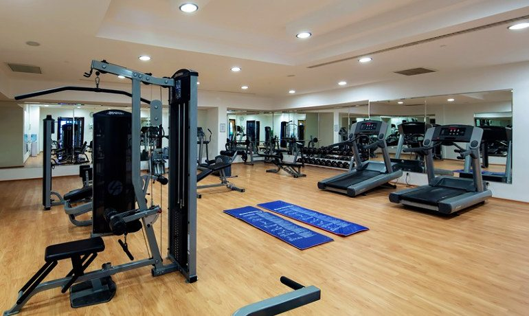 Alba Royal Hotel gym