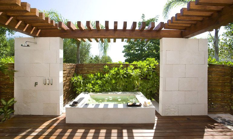 Blue Diamond Luxury Boutique Hotel open-air jacuzzi