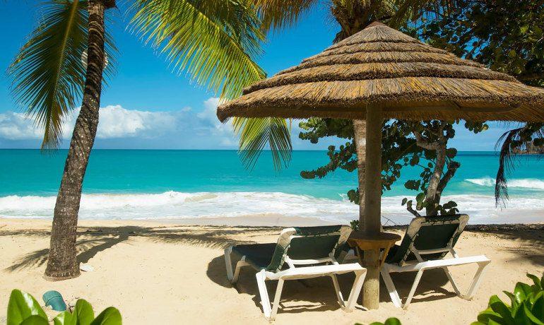 Galley Bay Resort & Spa beach sunbeds