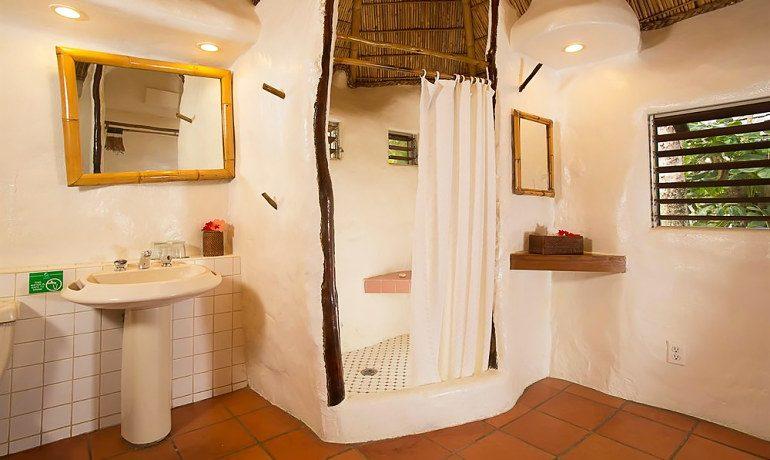 Galley Bay Resort & Spa cottage bathroom