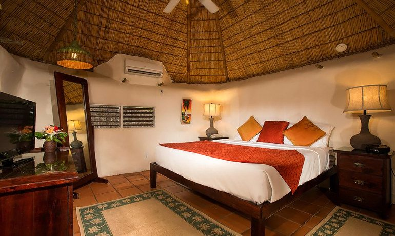 Galley Bay Resort & Spa gauguin cottage with private pool