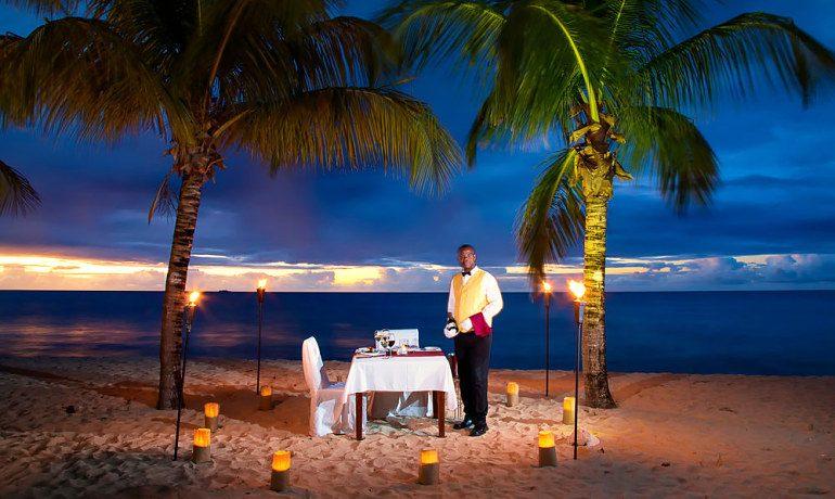 Galley Bay Resort & Spa romantic dinner