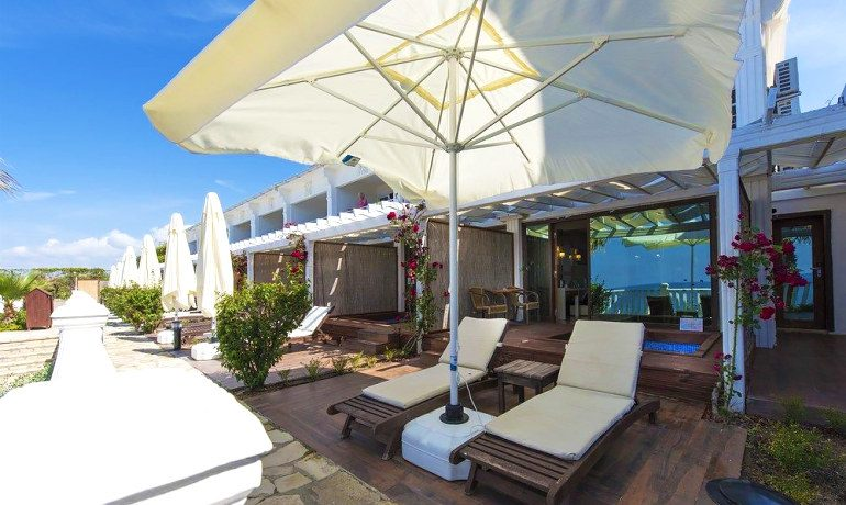 Sentido Flora Garden cabana suite bungalow terrace