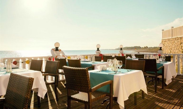 Sentido Flora Garden restaurant terrace