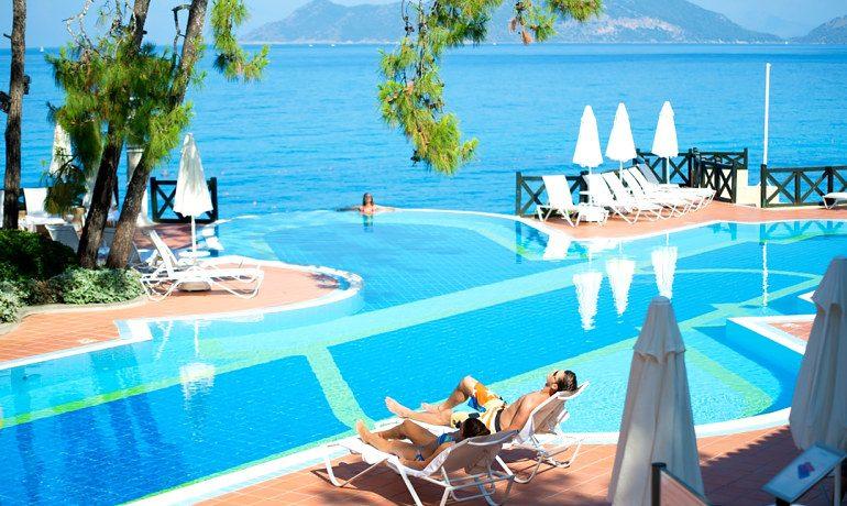 SENTIDO Lykia Resort & Spa pool area