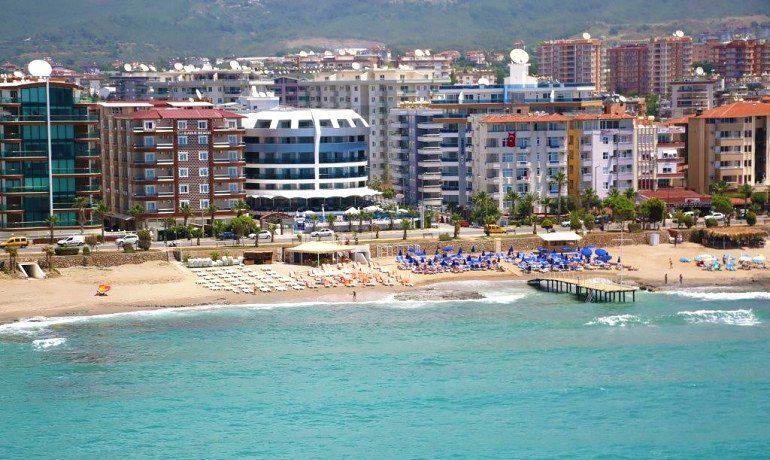 Sunprime C-Lounge beach view
